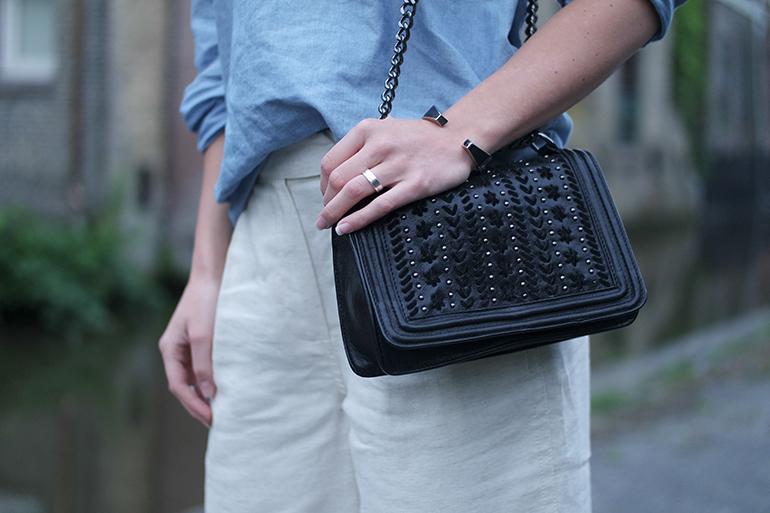 RED REIDING HOOD: Fashion blogger wearing zara chain bag chanel boy bag outfit details