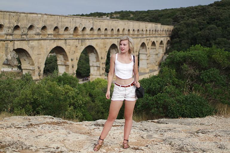 RED REIDING HOOD: Pont du Gard roman aqueduct unesco romeins aquaduct