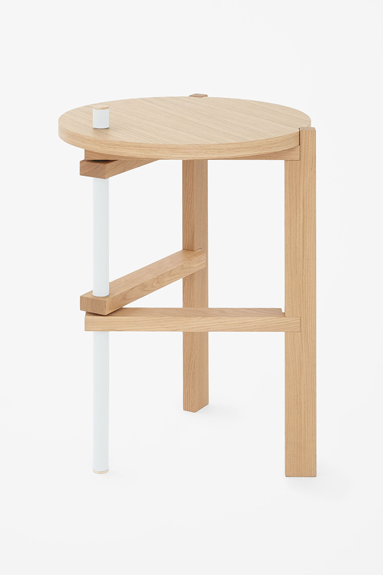 RED REIDING HOOD: Tomas Alonso side table COS x HAY home interior
