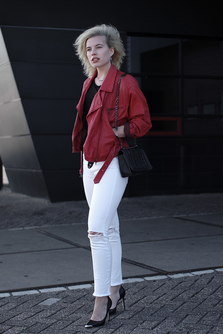 RED REIDING HOOD: Fashion blogger wearing vintage red leather jacket white ripped jeans outfit