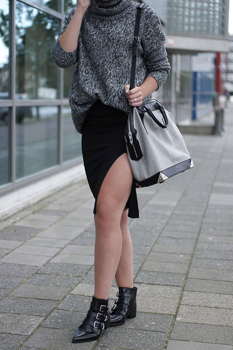 RED REIDING HOOD: Fashion blogger wearing alexander wang emile tote bag high slit skirt chunky knit jumper outfit details