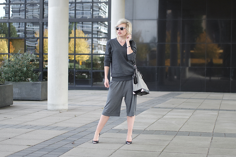 RED REIDING HOOD: Fashion blogger wearing all grey outfit acne wool culottes alexander wang emile tot bag