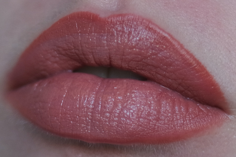 RED REIDING HOOD: Beauty blogger review Sans Soucis Winter Fairtytale  Fairy Nude Perfect Lips Every Day look