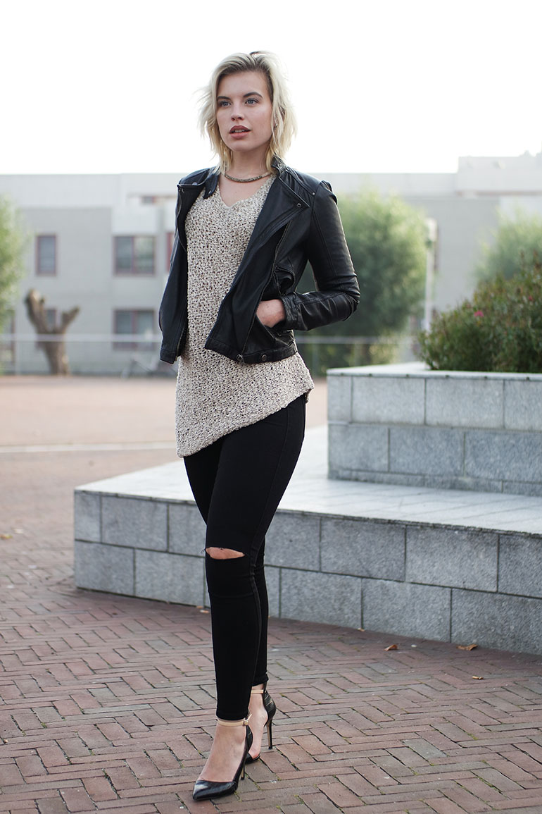RED REIDING HOOD: Fashion blogger wearing asymmetrical sweater zara leather jacket only ripped black skinny jeans outfit