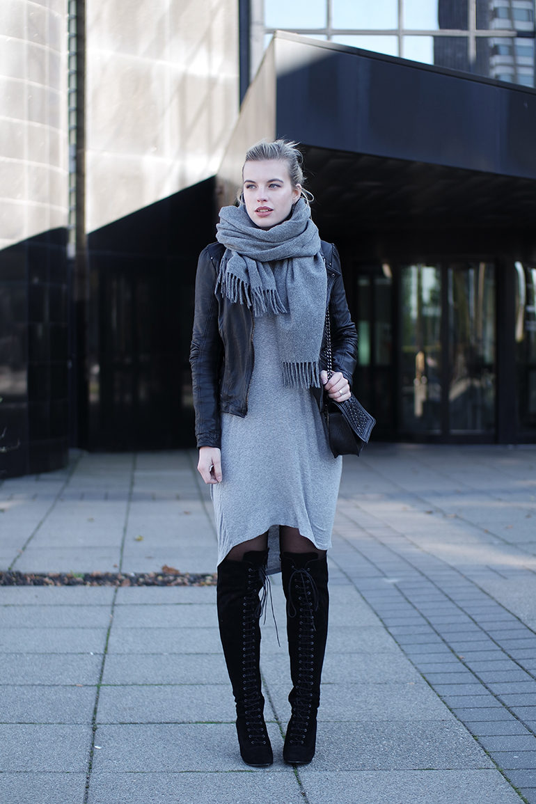 RED REIDING HOOD: Fashion blogger wearing jersey dress acne studios canada wool scarf ted & muffy freia over the knee boots outfit