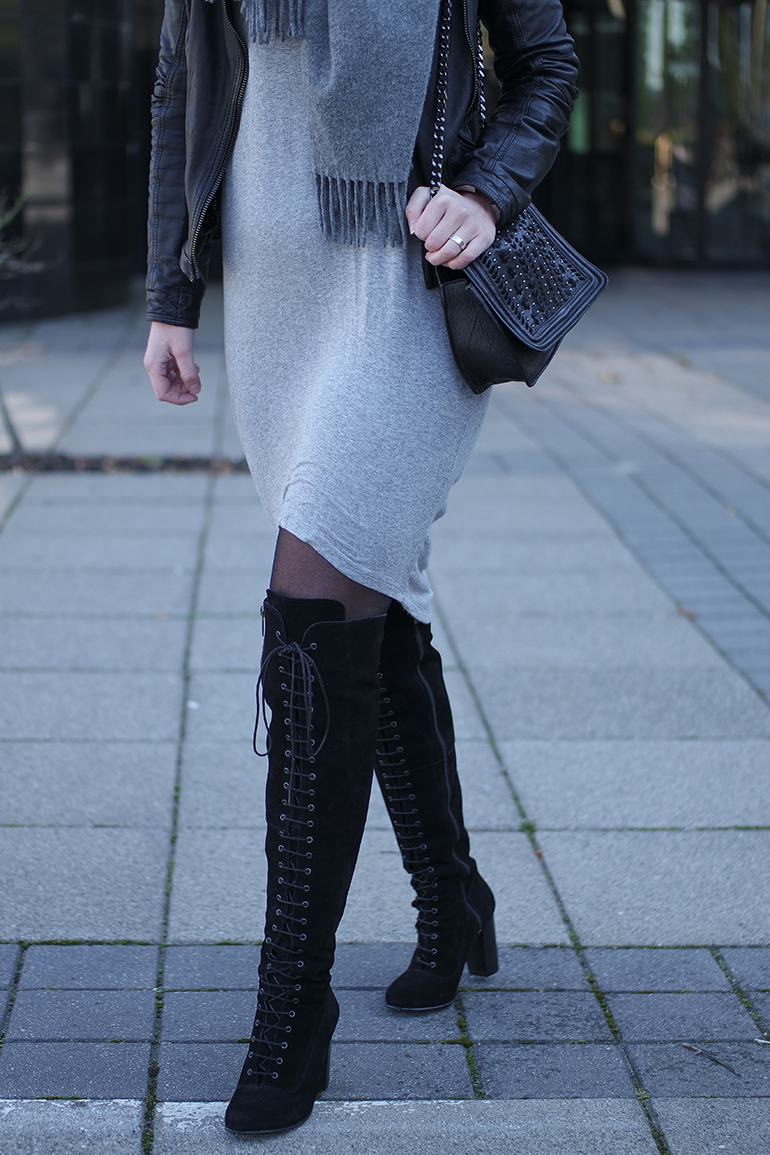 RED REIDING HOOD: Fashion blogger wearing ted & muffy freia over the knee boots outfit details jersey dress