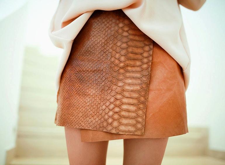 RED REIDING HOOD: Fashion blogger wearing wrap leather skirt snakeskin python print