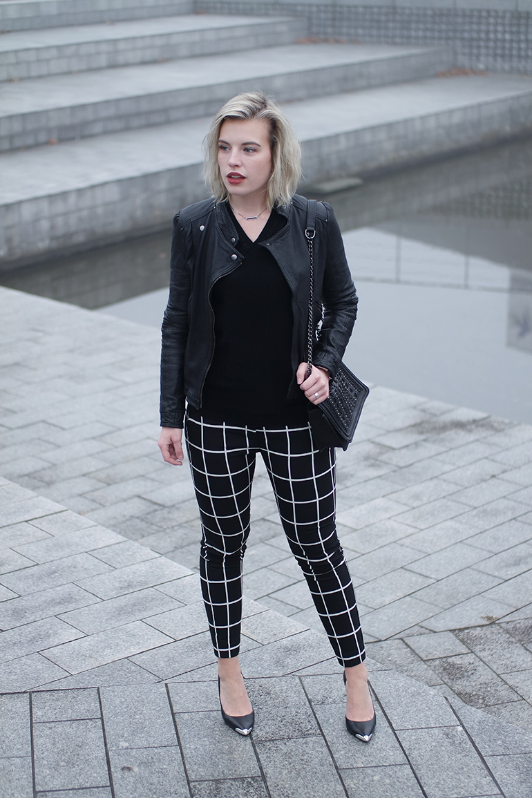 RED REIDING HOOD: Fashion blogger wearing check pants zara leather jacket v-neck jumper outfit