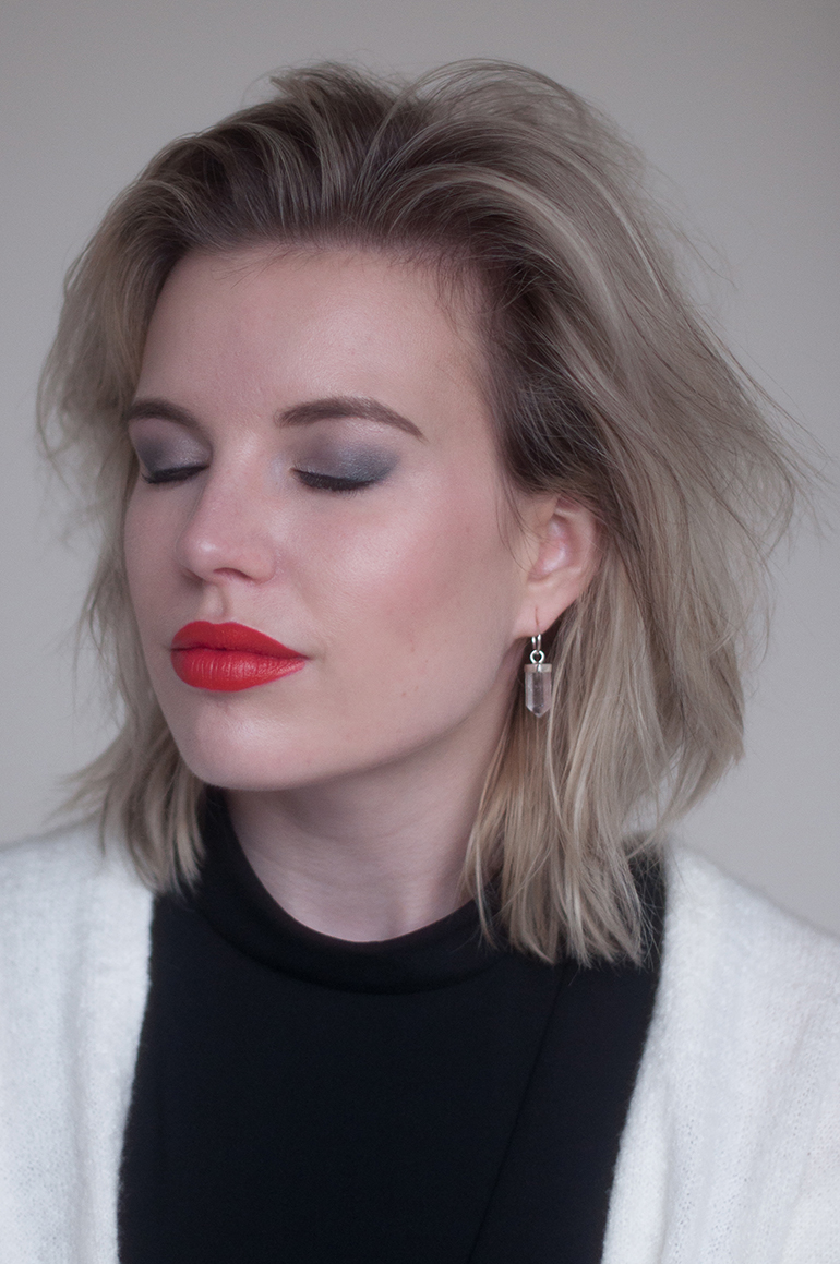 RED REIDING HOOD: Etos review beauty blogger color care lipstick vampire kiss eyeshadow palette