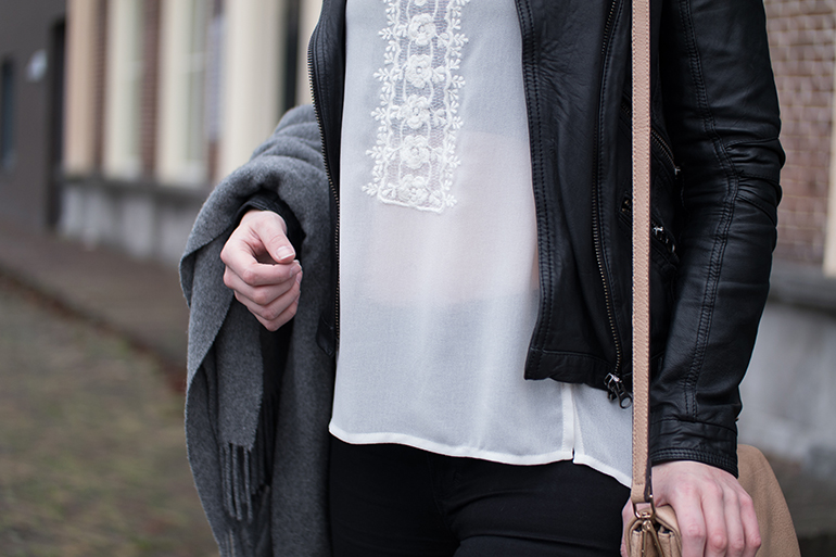 RED REIDING HOOD: Fashion blogger wearing lace top outfit leather jacket