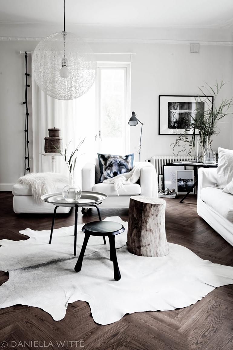 RED REIDING HOOD: White cowhide rug minimal grey interior scandinavian style