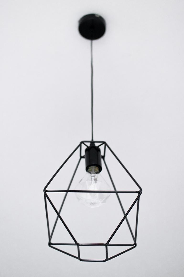 RED REIDING HOOD: Xenos hanglamp metaaldraad zwart halogeenlamp diamant interieur