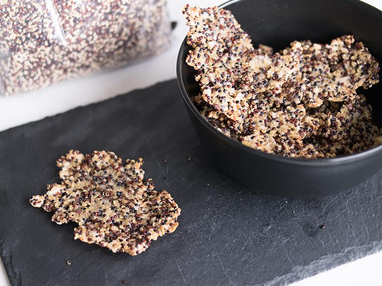 RED REIDING HOOD: Food blogger healthy recipe quinoa cheese crackers gezond recept