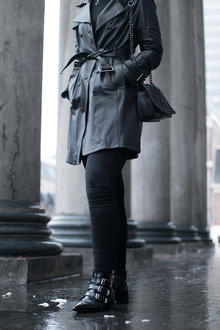 RED REIDING HOOD: Fashion blogger wearing black leather trench coat mango outfit details supertrash strappy pointy ankle boots