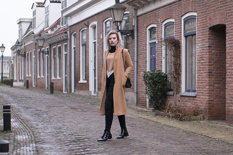 RED REIDING HOOD: Fashion blogger wearing topshop camel coat supertrash buckle ankle boots outfit oversized v jumper