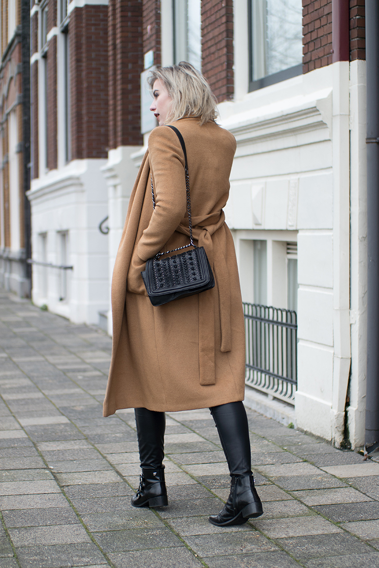 RED REIDING HOOD: Fashion blogger wearing long camel coat topshop faux leather pants vero moda outfit