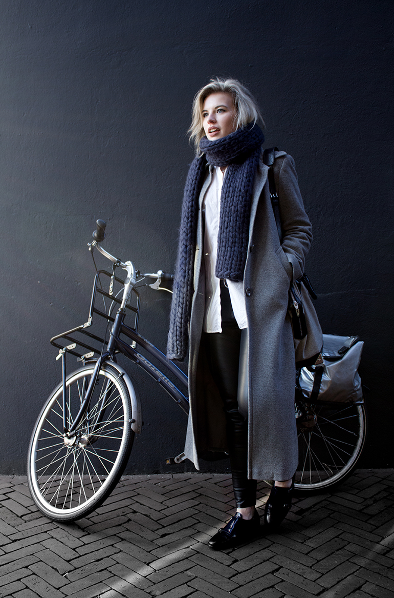 RED REIDING HOOD: Fashion blogger bicycle long coat outfit oversized chunky knit scarf leather pants gabor shoes
