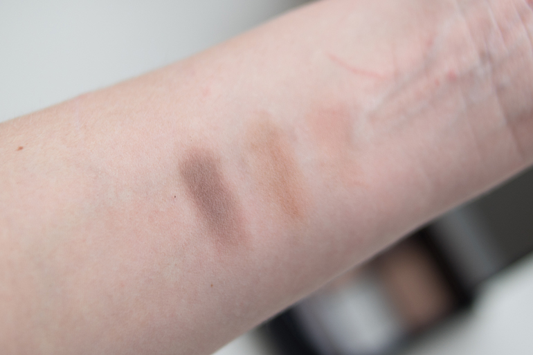 RED REIDING HOOD: Beauty blogger review MUA brow kit fair mid swatches