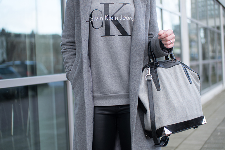 RED REIDING HOOD: Fashion blogger wearing Calvin Klein jeans sweater outfit details Alexander Wang Emile bag