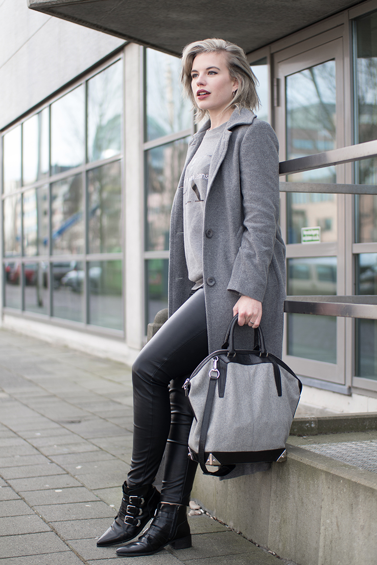 RED REIDING HOOD: Fashion blogger wearing Alexander Wang Emile tote bag outfit long coat leather pants