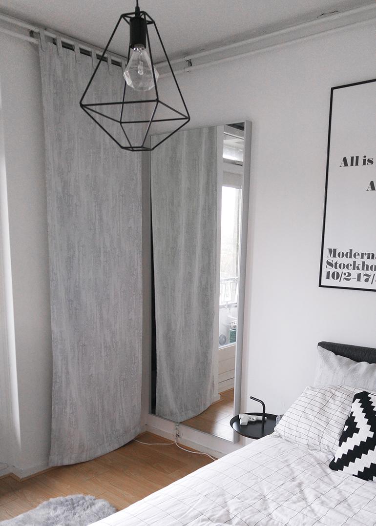 RED REIDING HOOD: Bedroom metal wire lamp action draadlamp grid check sheets HAY IKEA Hovet mirror