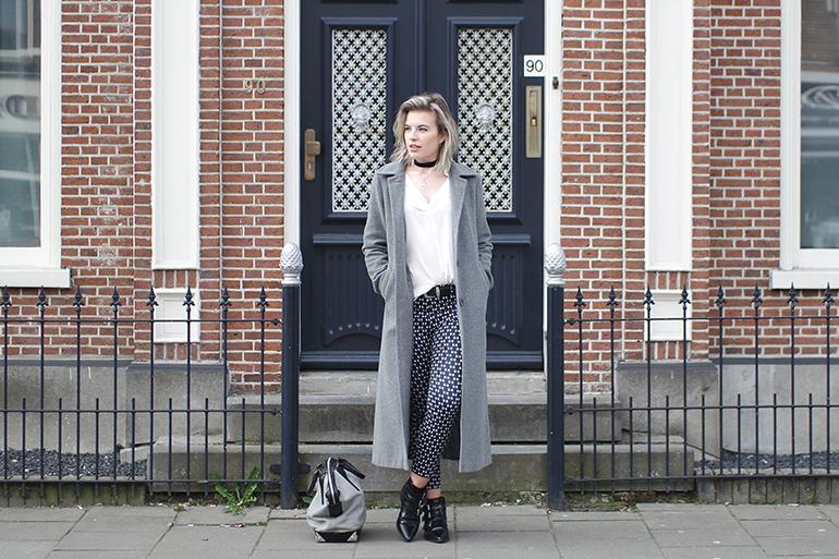 RED REIDING HOOD: Fashion blogger wearing long grey coat H&M printed slacks outfit
