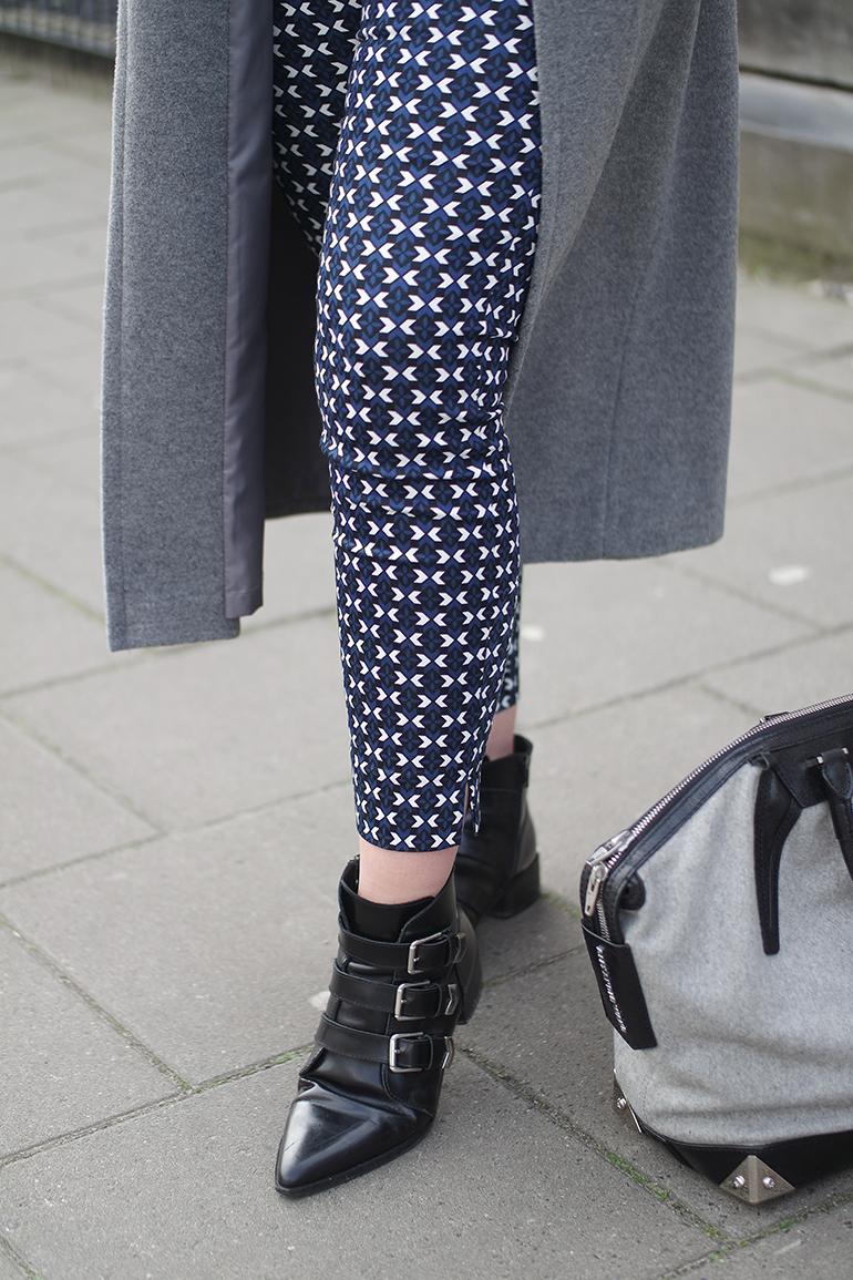 RED REIDING HOOD: Fashion blogger wearing H&M printed slacks outfit details supertrash ankle boots alexander wang emile tote bag