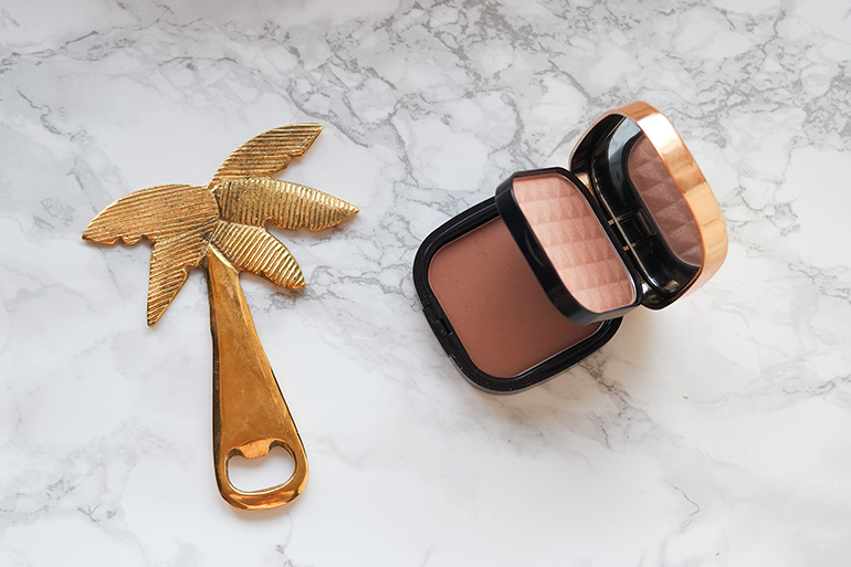 RED REIDING HOOD: Beauty blogger review MUA bronze and sculpt contour kit difference between bronzing and contouring powder