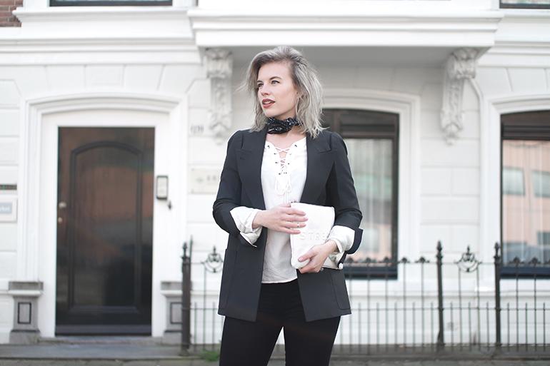 RED REIDING HOOD: Fashion blogger wearing white lace up shirt outfit details Paisley neckerchief H&M maison martin margiela blazer