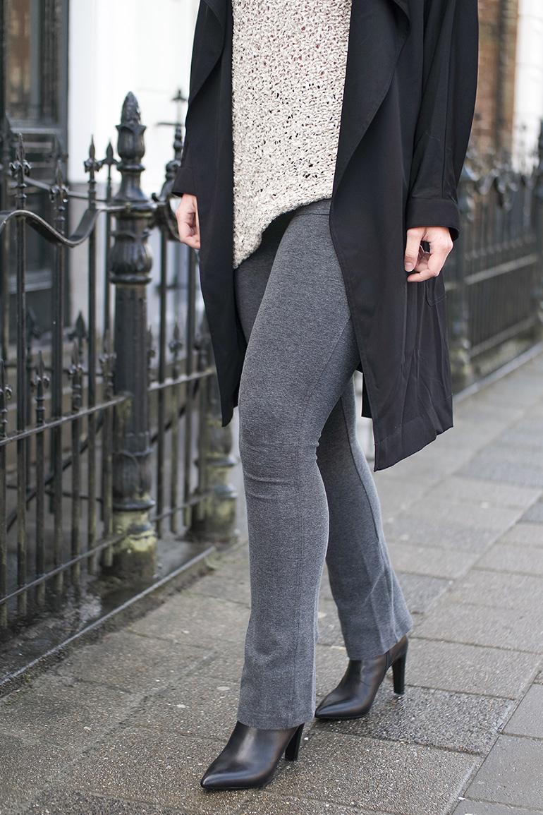 RED REIDING HOOD: Fashion blogger wearing jersey trousers black trench coat beige asymmetrical sweater zara outfit details