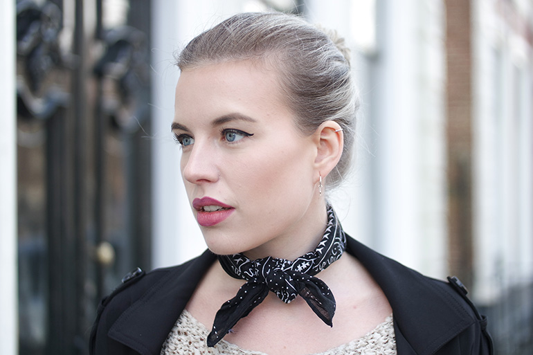 RED REIDING HOOD: Fashion blogger wearing paisley bandana neckerchief outfit details