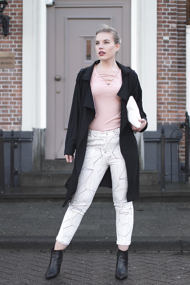 RED REIDING HOOD: Fashion blogger wearing Loavies outfit powder pink lace up top geometric print trousers trench coat
