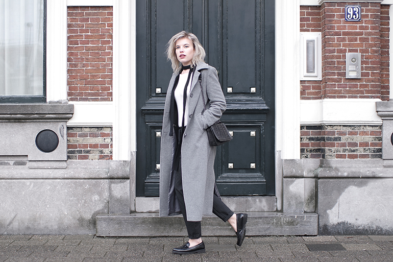 RED REIDING HOOD: Fashion blogger wearing long grey coat black loafers skinny scarf outfit