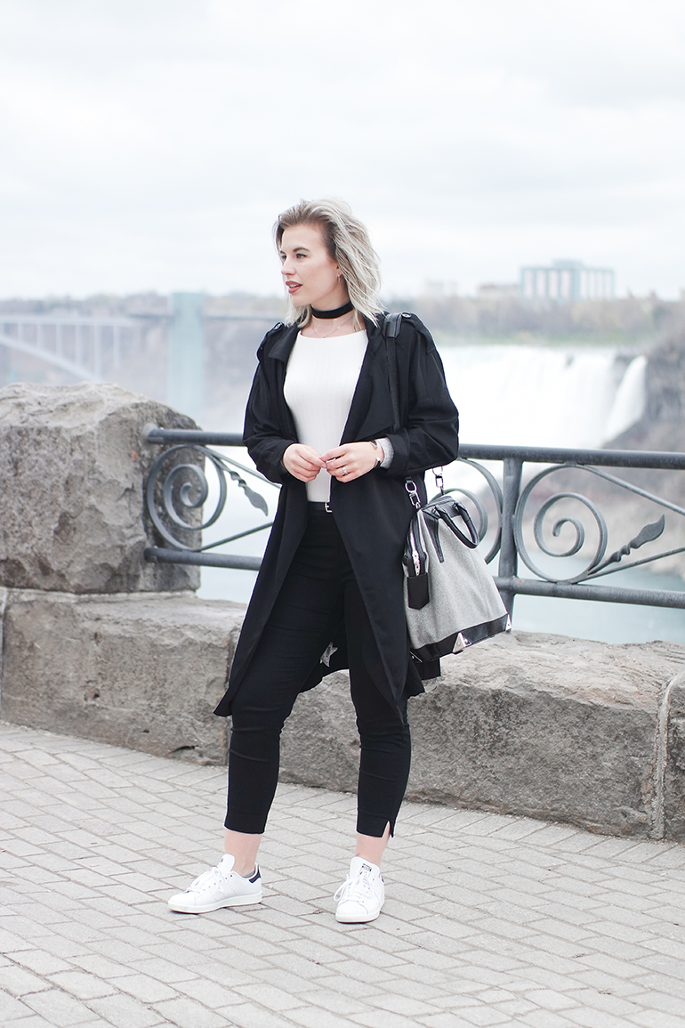 RED REIDING HOOD: Fashion blogger wearing choker necklace black and white outfit Alexander Wang Emile Tote Bag Adidas Stan Smith sneakers