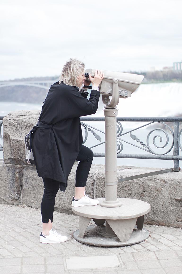 RED REIDING HOOD: Fashion blogger wearing black trench coat Adidas Stan Smith white sneakers Niagara Falls Ontario