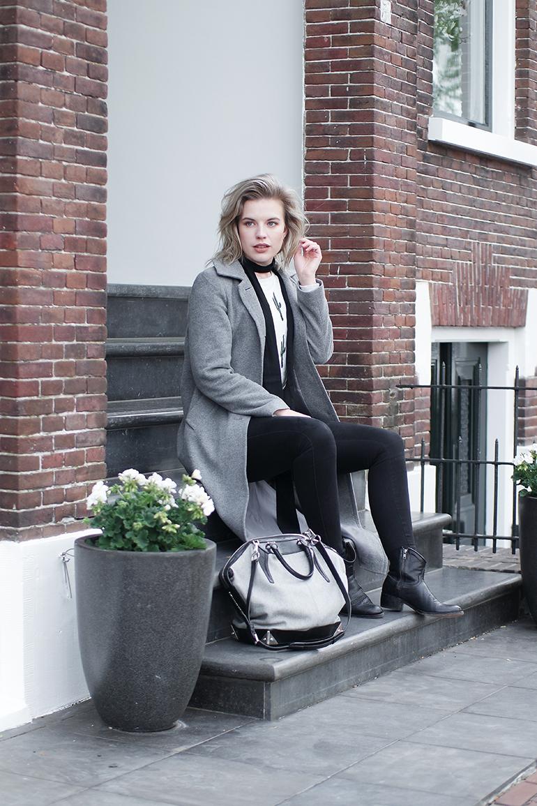 RED REIDING HOOD: Fashion blogger Alexander Wang Emile Tote Bag outfit long grey coat sendra boots