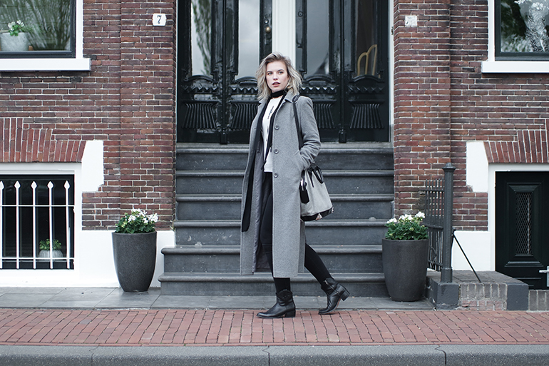 RED REIDING HOOD: Fashion blogger long grey coat outfit sendra ankle boots outfit alexander wang emile tote bag