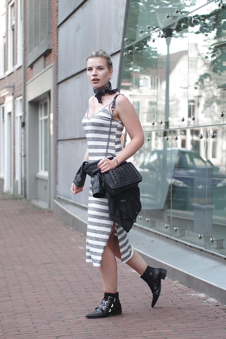 RED REIDING HOOD: Fashion blogger wering Bershka striped summer dress ;eather jacket tied around the waist
