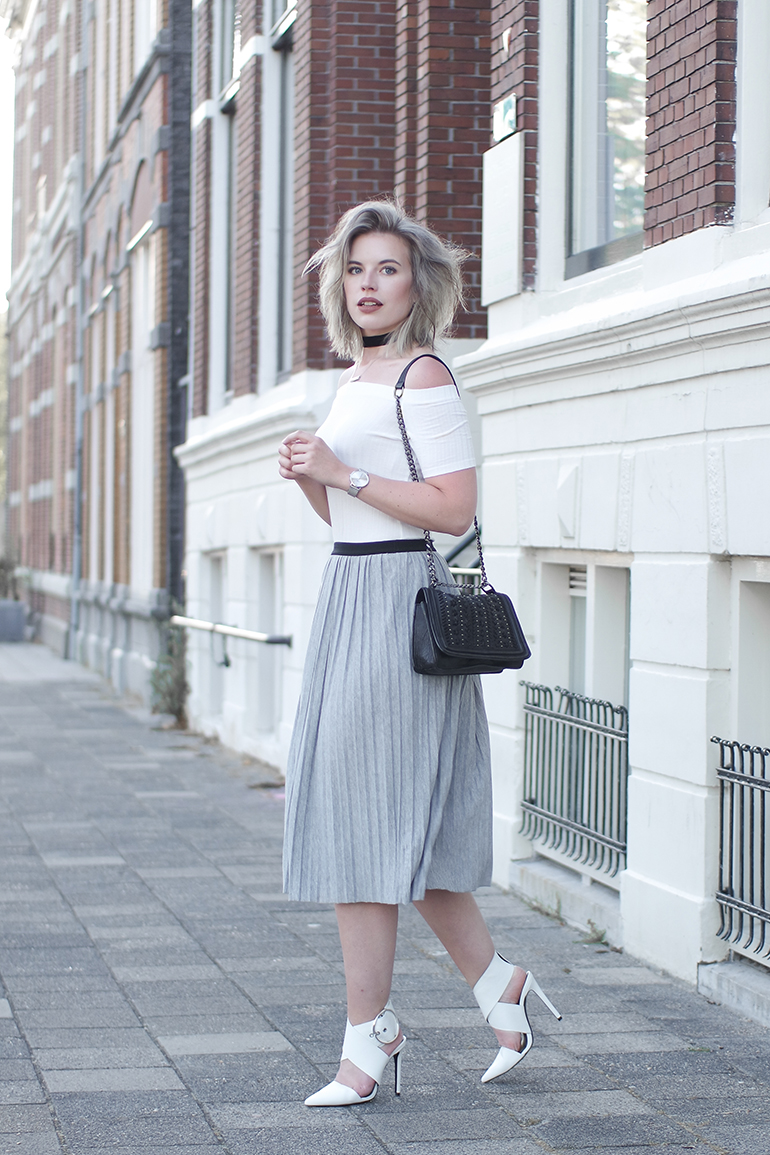 RED REIDING HOOD: Fashion blogger pleated skirt outfit off shoulder top H&M