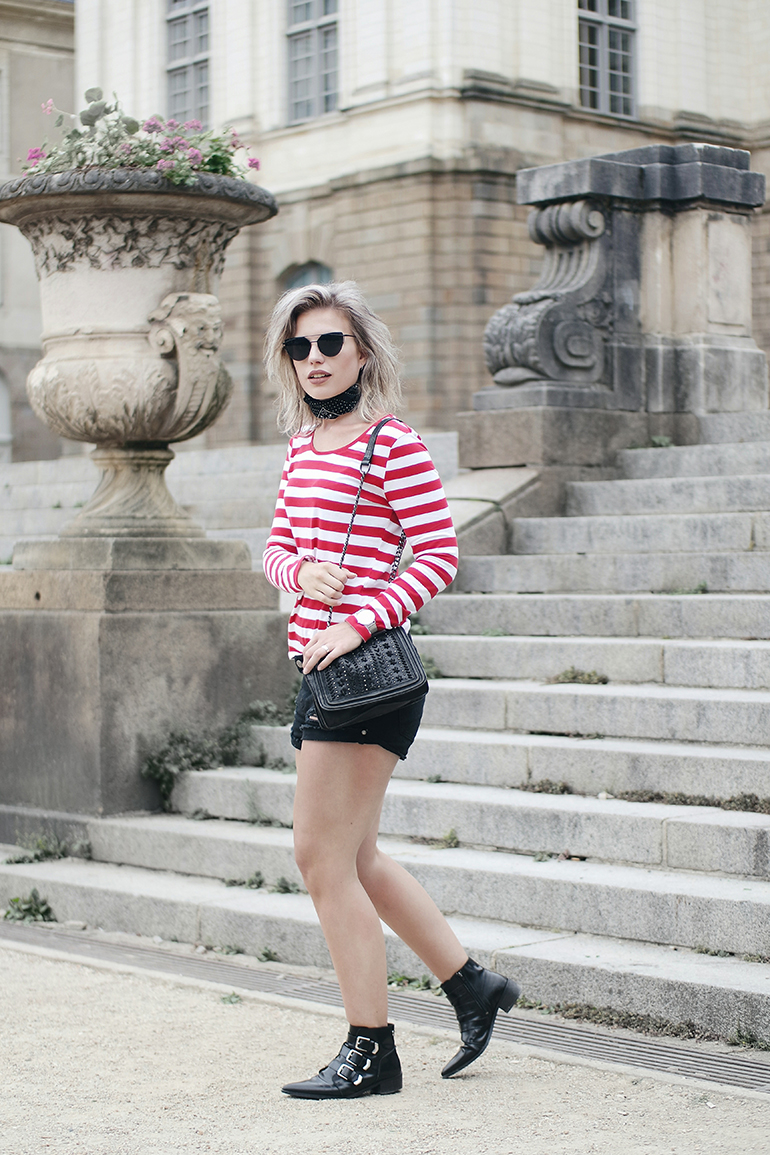 RED REIDING HOOD: Paris fashion blogger wearing striped top outfit supertrash boots