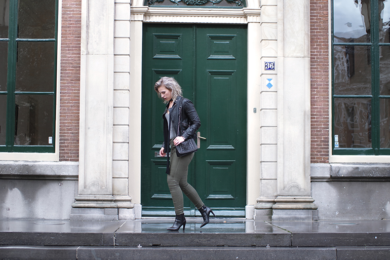 RED REIDING HOOD: Fashion blogger wearing black leather jacket green jeans outfit omoda shoes