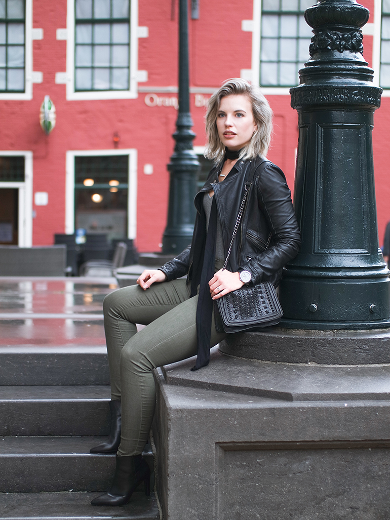 RED REIDING HOOD: Fashion blogger wearing army green jeans primark leather jacket zara outfit