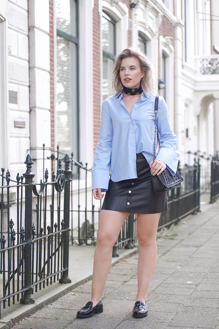 RED REIDING HOOD: Fashion blogger wearing a-line button through skirt outfit H&M big sleeves shirt