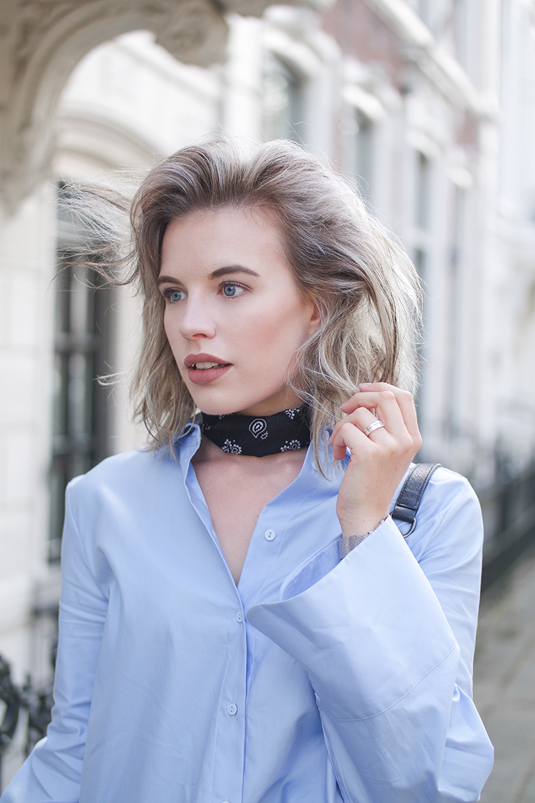 RED REIDING HOOD: Fashion blogger wearing paisley bandana scarf neckerchief choker outfit details