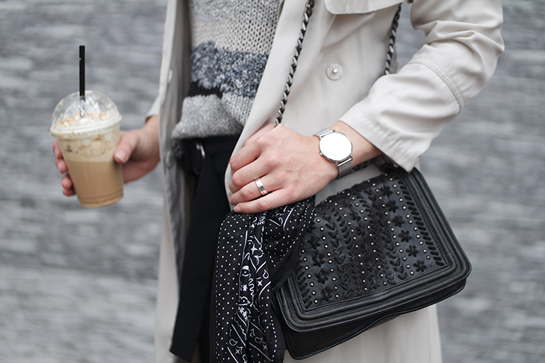 RED REIDING HOOD: Fashion blogger wearing bandana tied around bag chanel boy bag outfit details cream trench cluse watch