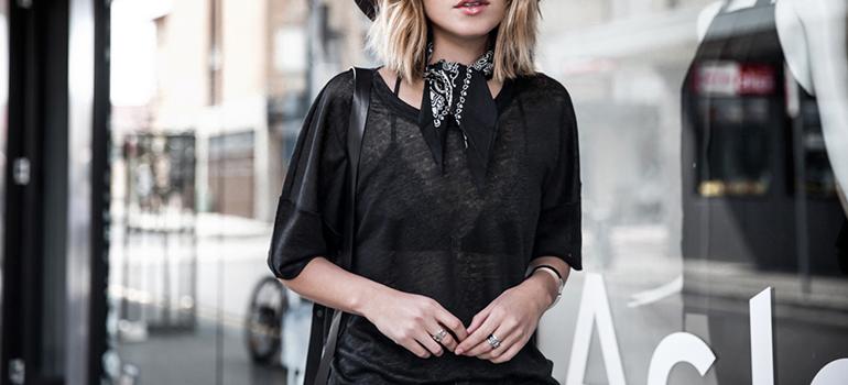 RED REIDING HOOD: Fashion blogger 5 ways to wear a bandana neckerchief