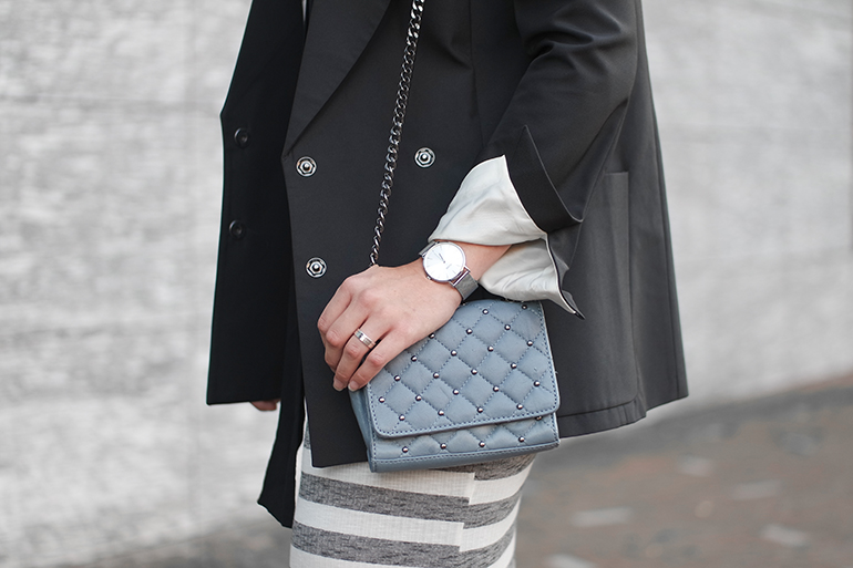 RED REIDING HOOD: Fashion blogger wearing pastel blue zara quilted cross body bag outfit details