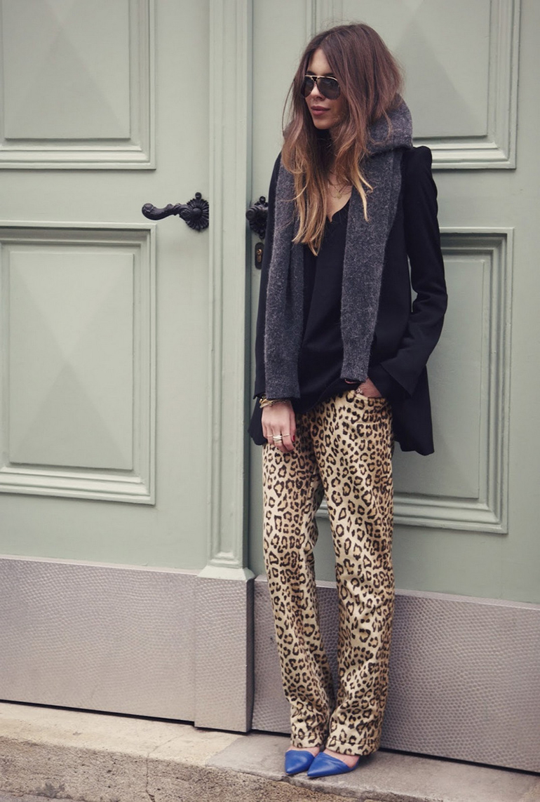 RED REIDING HOOD: Fashion blogger Maja Wyh wearing leopard print trousers