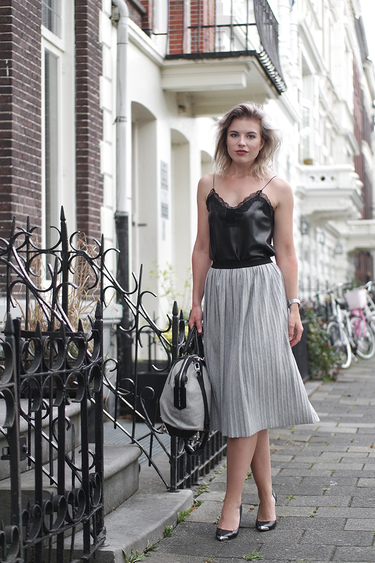 RED REIDING HOOD: Fashion blogger wearing pleated midi skirt leather lace cami top outfit