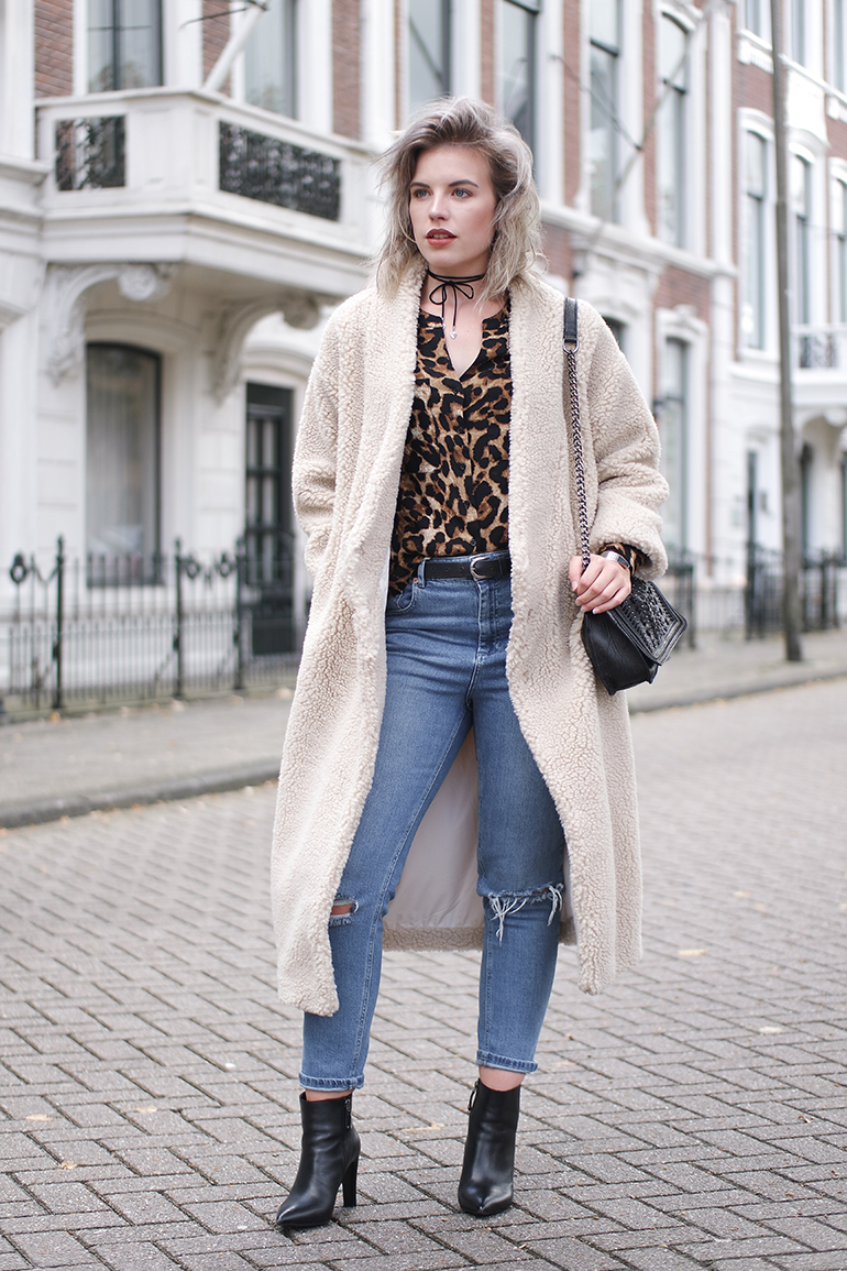 RED REIDING HOOD: Fashion blogger wearing Monki PC fluffy kimono coat limited edition teddy coat outfit leopard shirt